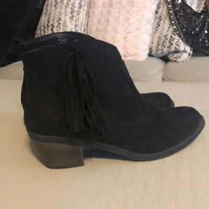 Faded Glory fringe booties size 6 black